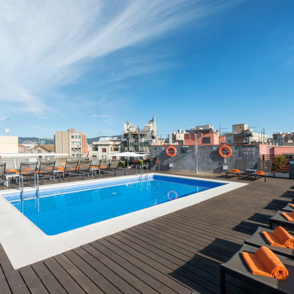 Rooftop swimming pool in barcelona city center