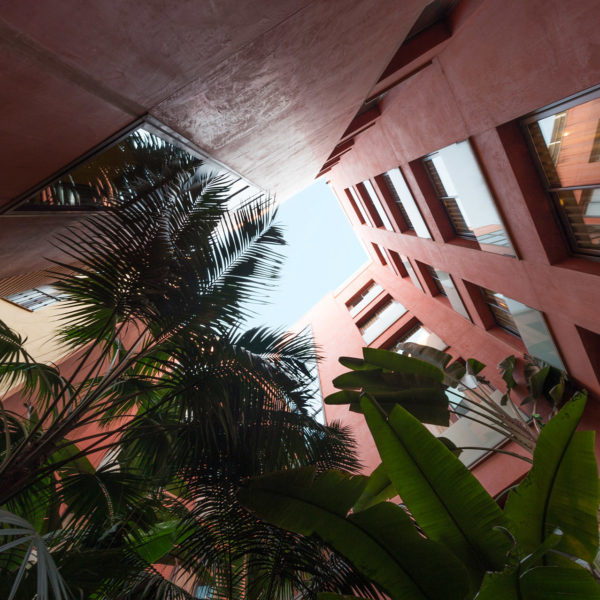 Courtyard with trees in city center ideally located hotel in Barcelona for MWC commute