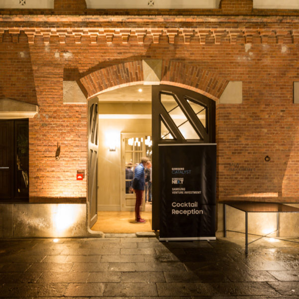 Hidden venue renovated stables in barcelona for networking event during MWC