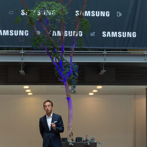 Speech by John Sohn on stage